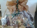 HOLIDAY GIFT BASKET LARGE
